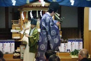白浜地区白濱神社秋祭りにて 恒例の稲舞い かわいかったですよー